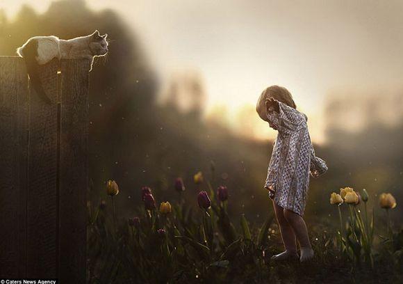 Elena-Shumilova-fotos-hijos-con-animales