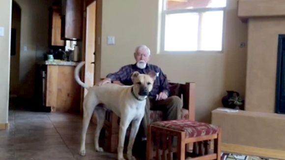 Super Cachorro ayuda a recuperar el habla