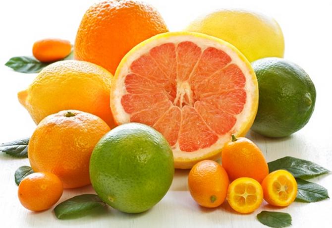 Limones, naranjas y otros cítricos